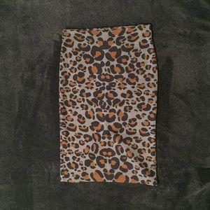 H&M Leopard Pencil Skirt